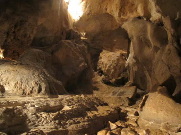 1000-step-cave-in-maichau