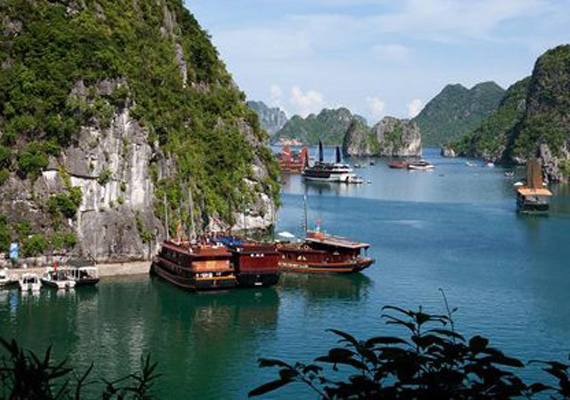 halong-and-bai-tu-long-cruise-3-days-2-nights