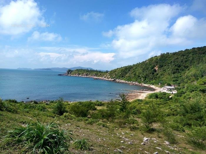 Quan Lan island beach