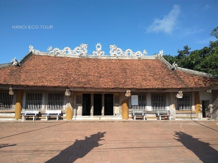 Quan Lan communal house