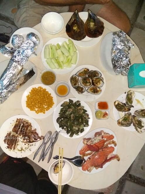 Coto island trip - BBQ seafood dinner