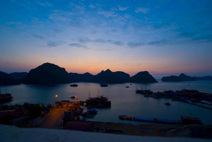 Lan Ha bay cruise 2 days 1 night
