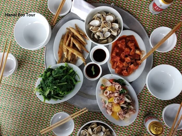 seafood lunch in a clam hut xuan thuy