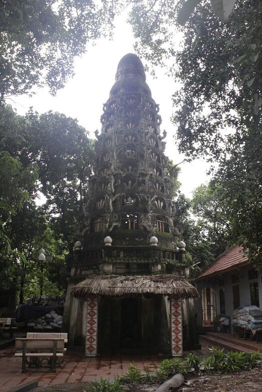 Mia Pagoda Duong Lam ancient village