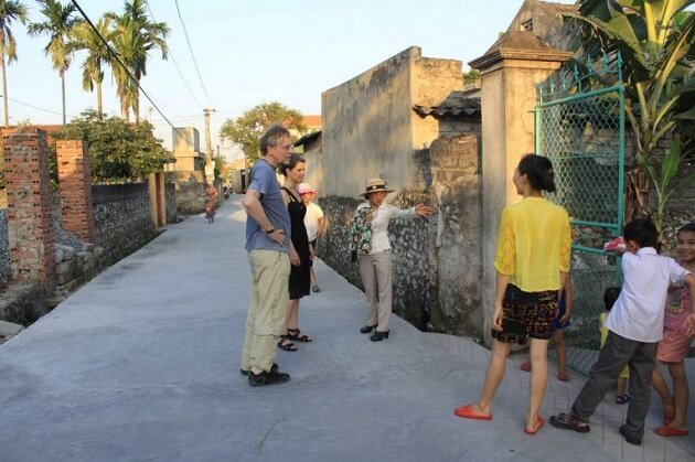 Yen Duc village tour