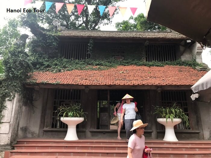 Duong Lam ancient village photos