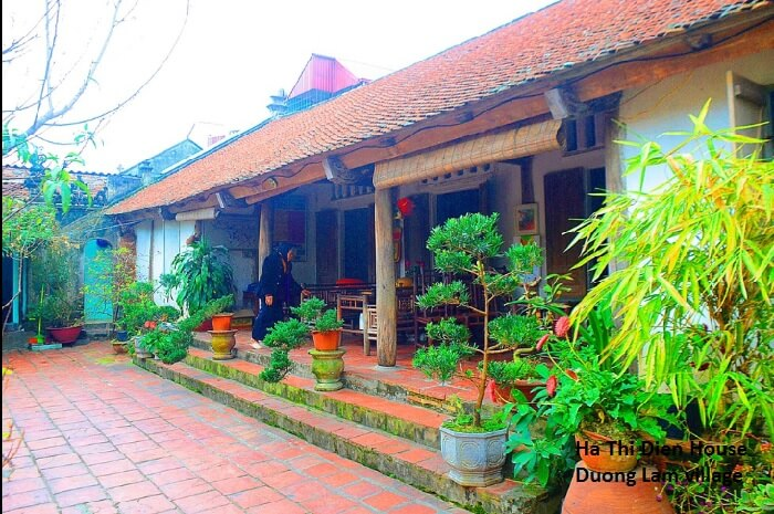 Ha Thi Dien ancient house