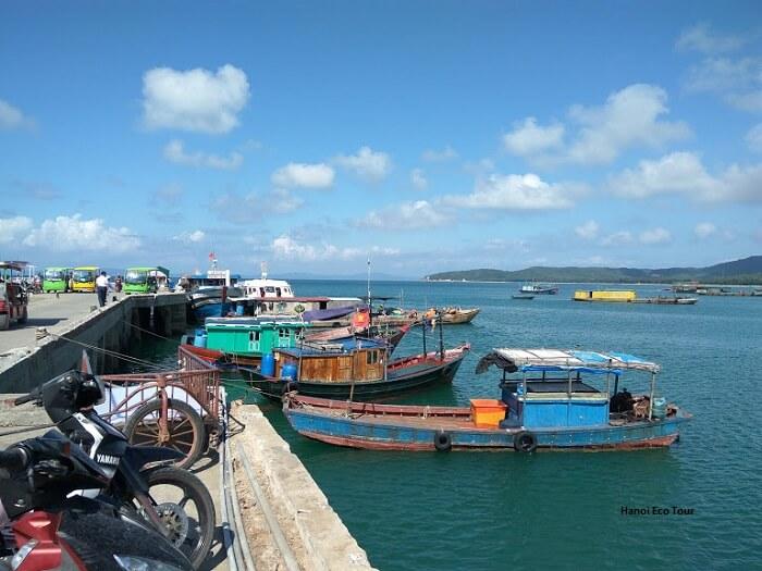 boat dock coto island