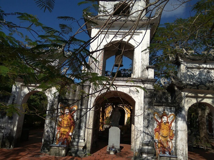 buddist temple quan lan