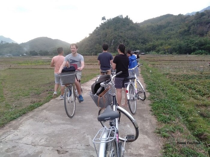 group cycling mai chau