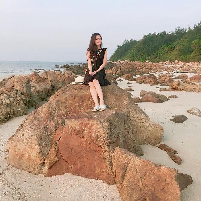 Robinson beach Quan Lan