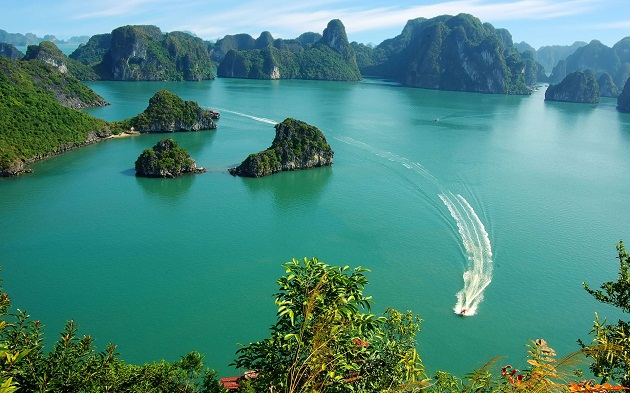 something-you-would-never-knew-about-halong-bay-vietnam