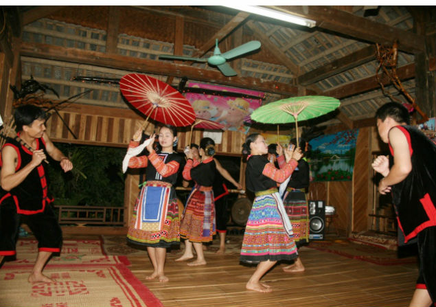 Traditional music performance in Mai Chau